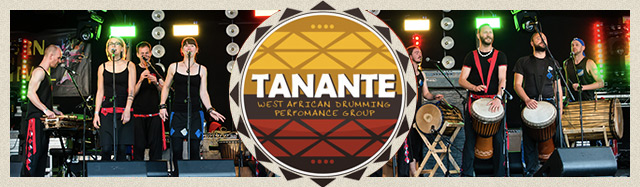 Tanante performing at a drumming event