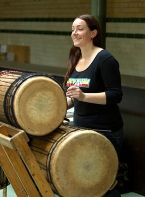 Joanna playing Dunduns at Victoria Baths
